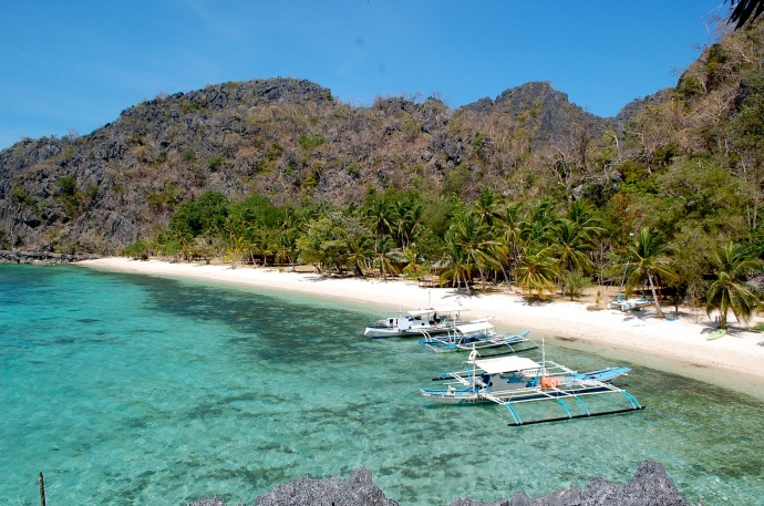 Had to add a photo of beautiful Sangat Island Dive Resort. Nice place to return to after island-hopping—C. Helbig