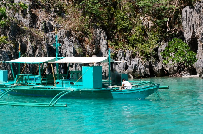 The colours really are this vivid on a Coron island-hopping excursion—C. Helbig