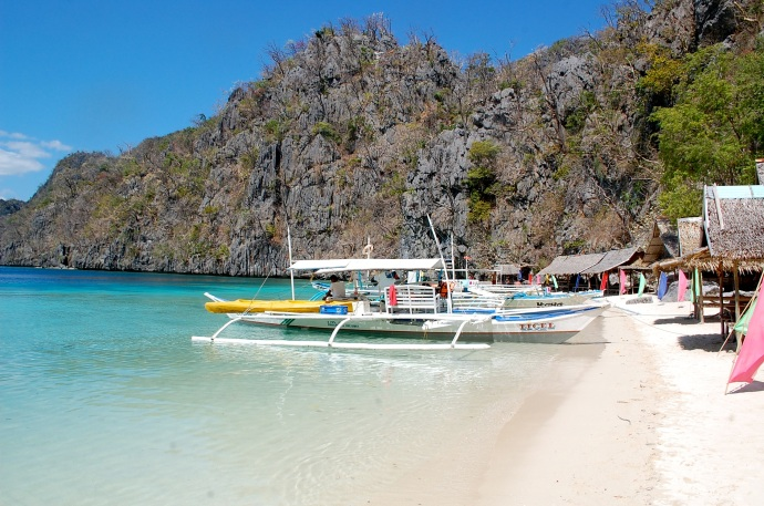 Great looking lunch spot on Coron island-hopping trip—C.Helbig