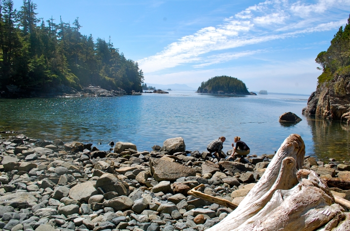 Great sunny beach on Owl Island to warm my chilled feet—C.Helbig