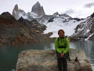 Taking a break at Laguna de los Tres
