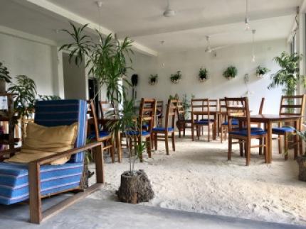Sand floor dining area at Island Break
